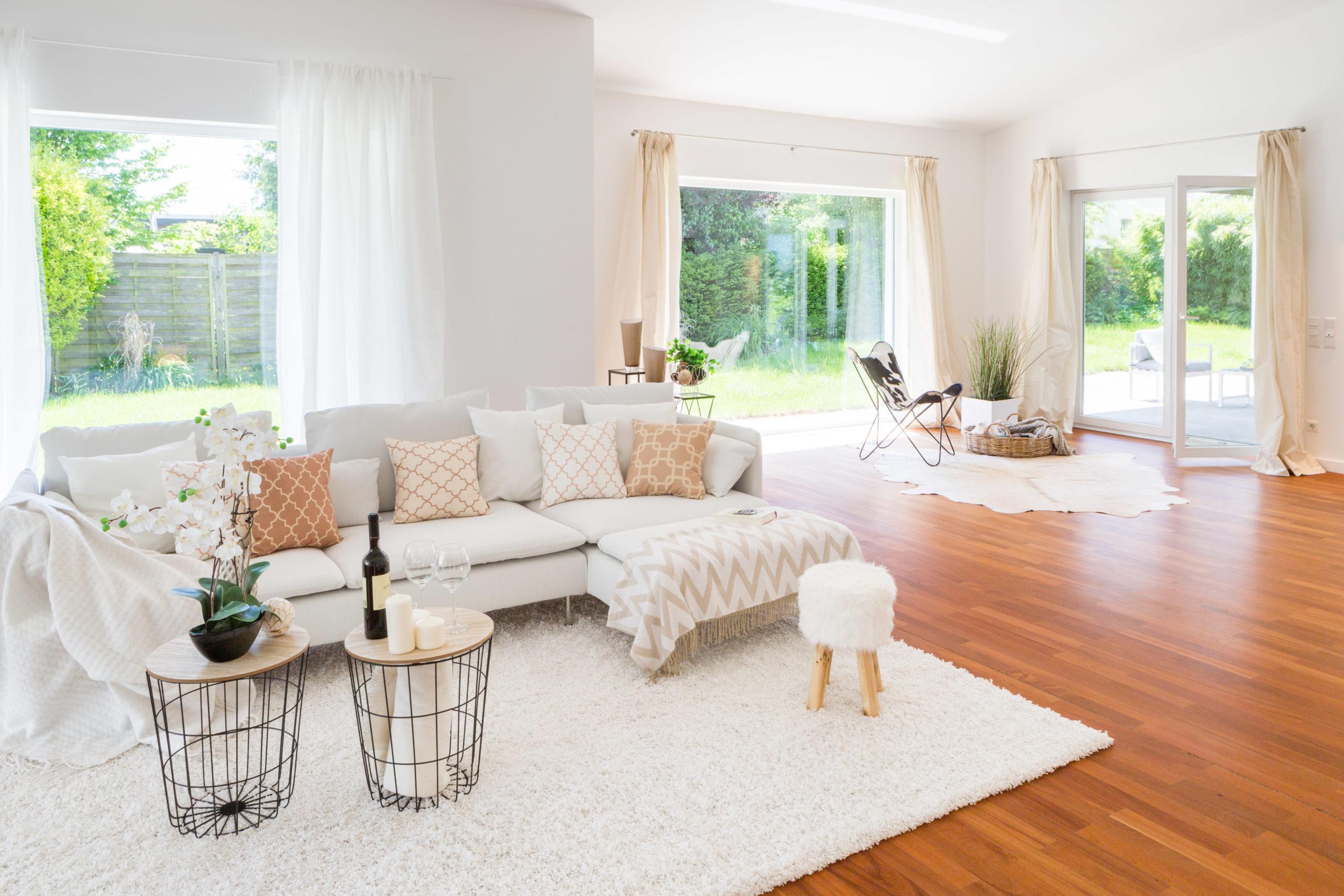 home staging weißer teppich